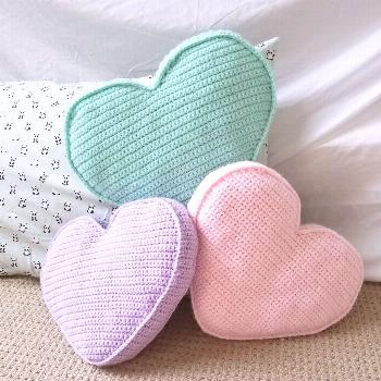 Candy Heart Pillow Crochet Pattern - Once Upon a Cheerio