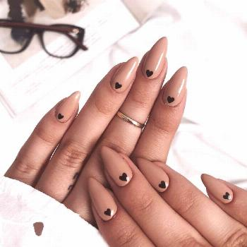 Image about fashion in Nails by Audrey-16 on We Heart It