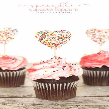 Sprinkle Cupcake Toppers - such a simple way to top cupcakes with a pretty handmade sprinkle topper